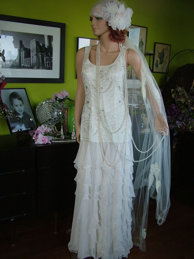 wedding dresses flapper dresses s Flapper Downton Abbey boardwalk Empire wedding DRESS Very Tres
