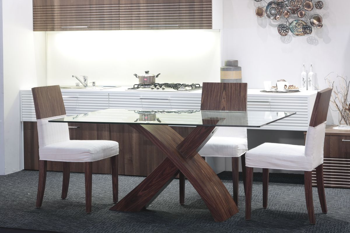 modern kitchen table chairs Glass Top Modern Dining Tables For Trendy Homes