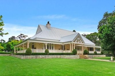 Beautiful homestead style Australian property. #beautifulyhomes | Villa-n | Pinterest ...