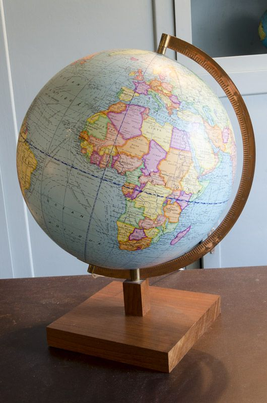Globe terrestre   Globe  Map globe and Room ideas Globe terrestre