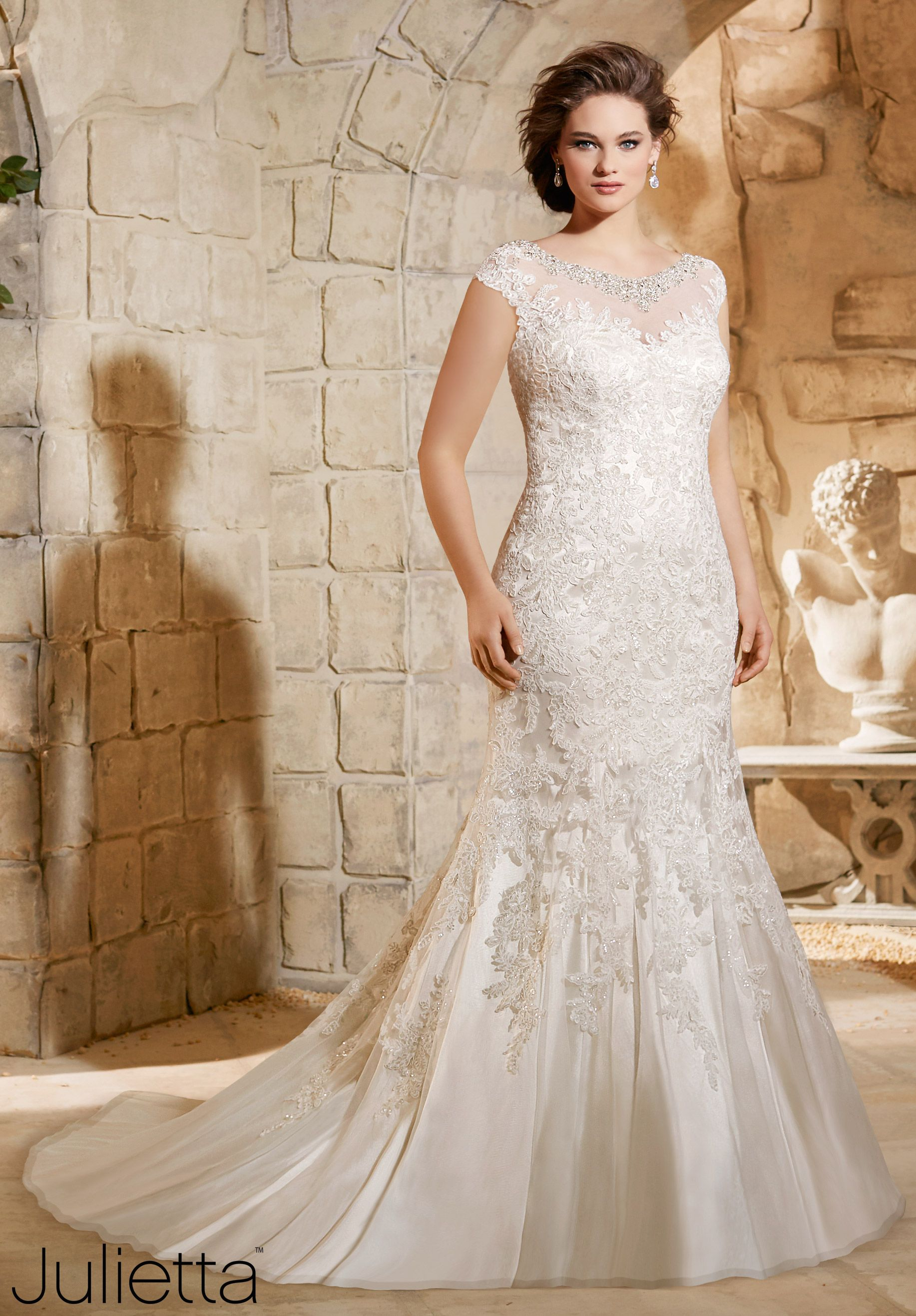 julietta wedding dress Plus Size Wedding Dresses Crystal Beaded Embroidery with Sparkling Lace Appliques on Soft Net