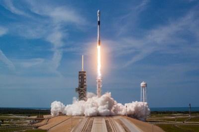 SpaceXのFalcon 9ロケット、残り300ミッションで引退へ - Engadget 日本版