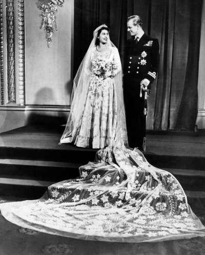 How Queen Elizabeth's wedding dress diverted war-worn ...