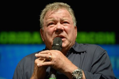 William Shatner Reflects on Star Trek and George Takei Feud in Handwritten Letters
