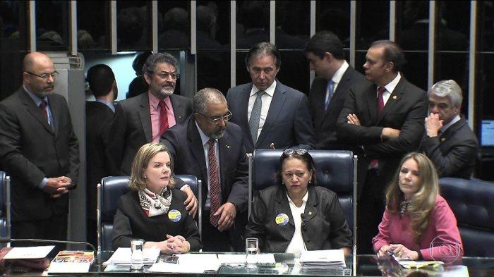 Conselho de ética do Senado decide arquivar denúncia contra senadoras que ocuparam mesa