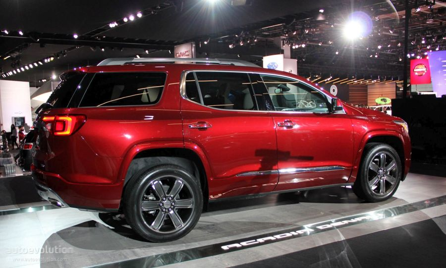 2017 GMC Acadia Uses Detroit for Downsizing  Denali and All Terrain         2017 GMC Acadia Denali