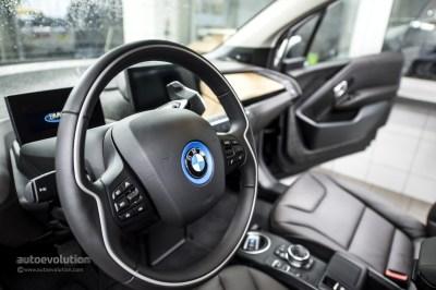 BMW i3 Wins Green Car of the Year Award 2015 - autoevolution