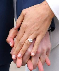Small Of Kate Middleton Engagement Ring