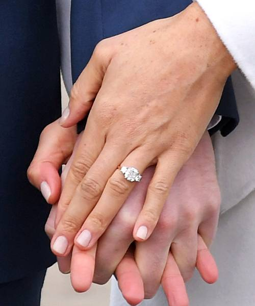 Medium Of Kate Middleton Engagement Ring