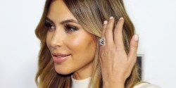 Small Of Beyonce Engagement Ring
