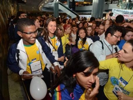 Embarques do Programa Ganhe o Mundo iniciaram no dia 14 deste mês. (Foto: Alyne Pinheiro/ Divulgação)