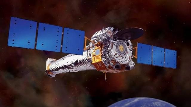 Telescópio espacial Chandra foi usado para indicar com precisão a localização do buraco negro no centro da galáxia  (Foto: Nasa)