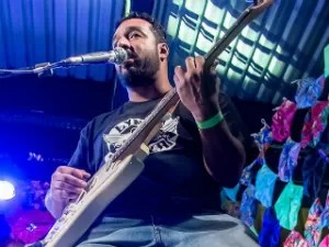 Alexandre Silva, falecido em junho deste ano, será homenageado no Dia Municipal do Rock (Foto: Marilton Trabuco/Divulgação)