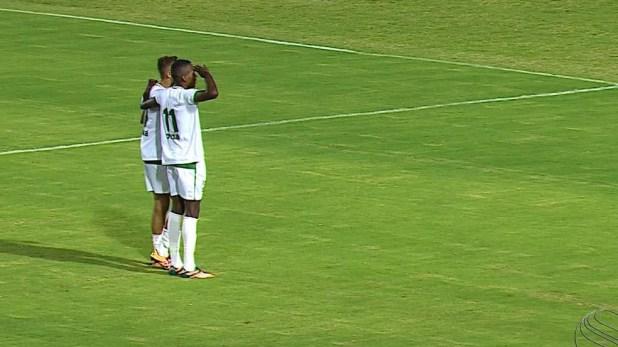 Lopeu é um dos destaques da equipe do Amadense (Foto: Reprodução/TV Sergipe)