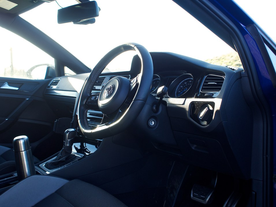 VW Golf R - Interior 2