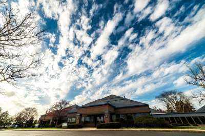 A beautiful day at of our Mishawaka office, conveniently located in the Edison Lakes Medical ...