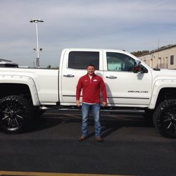Laura Buick GMC   16 Photos   34 Reviews   Tires   903 N Bluff Rd     Photo of Laura Buick GMC   Collinsville  IL  United States