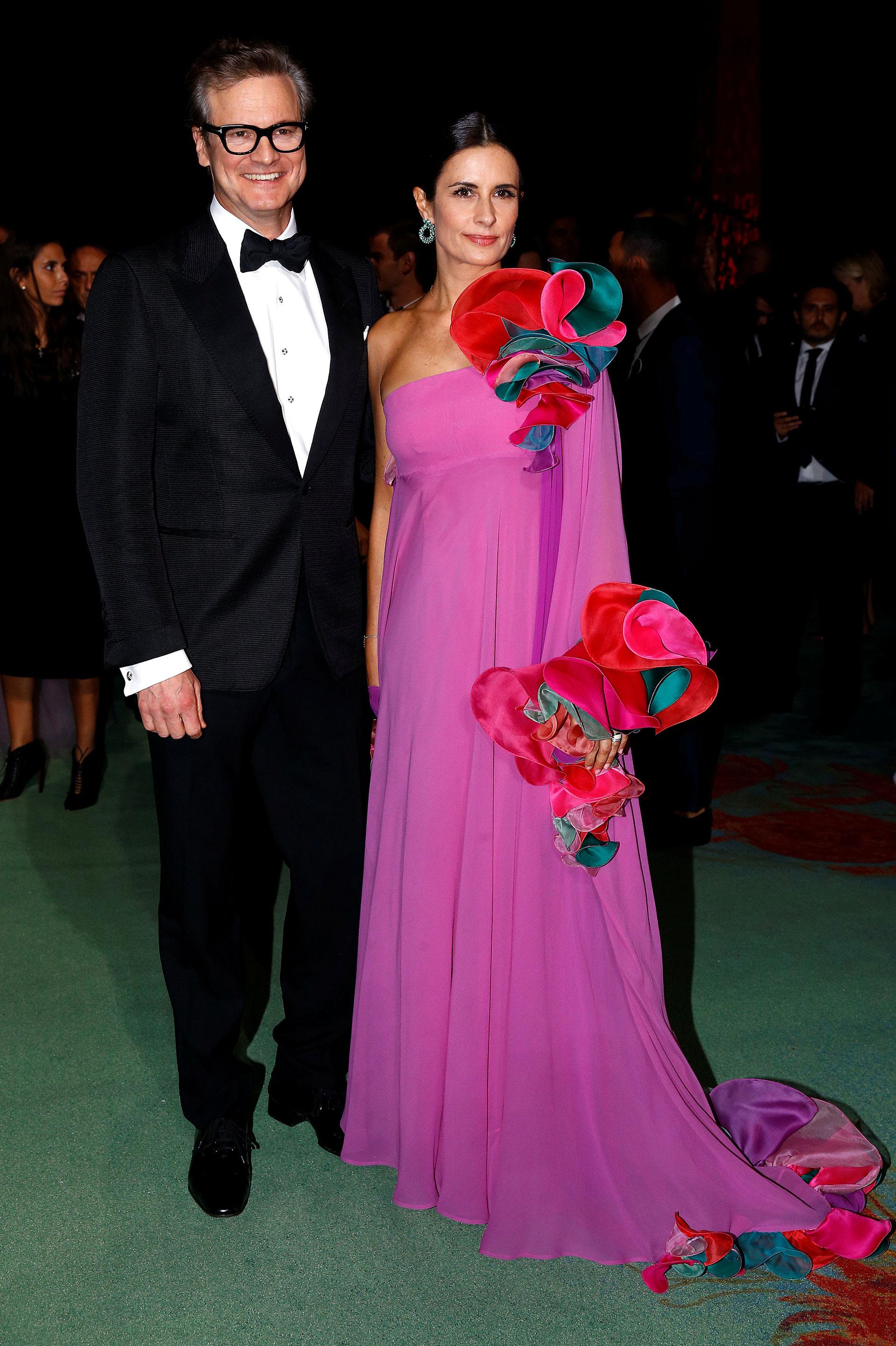 El actor Colin Firth y su mujer Livia Pose con un vestido vintage de Capucci (Reuters)