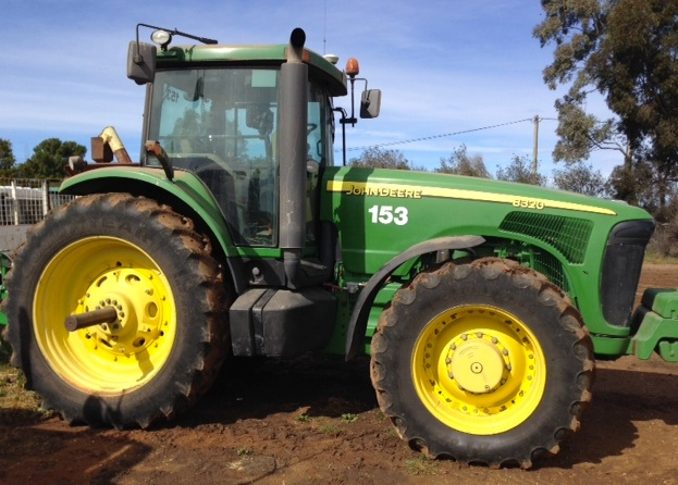 2006 John Deere 8320 MFD Tractor for sale | Machinery