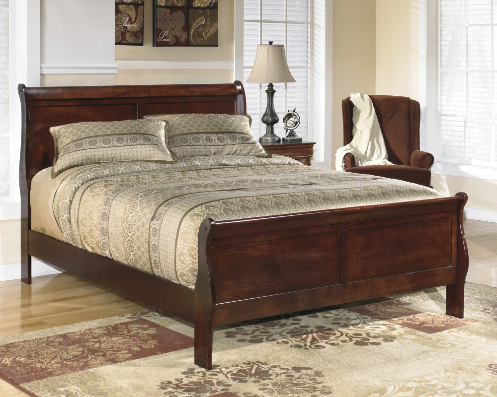 Cushty Hotel King Or Queen Bed Bigger Alisdair King Sleigh Bed Alisdair King Sleigh Bed Complete Beds Shop King Or Queen Bed houzz 01 King Vs Queen Bed
