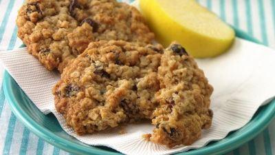 Oatmeal-Raisin Cookies recipe from Betty Crocker