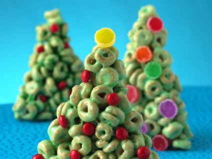 Cheerios® Christmas Trees