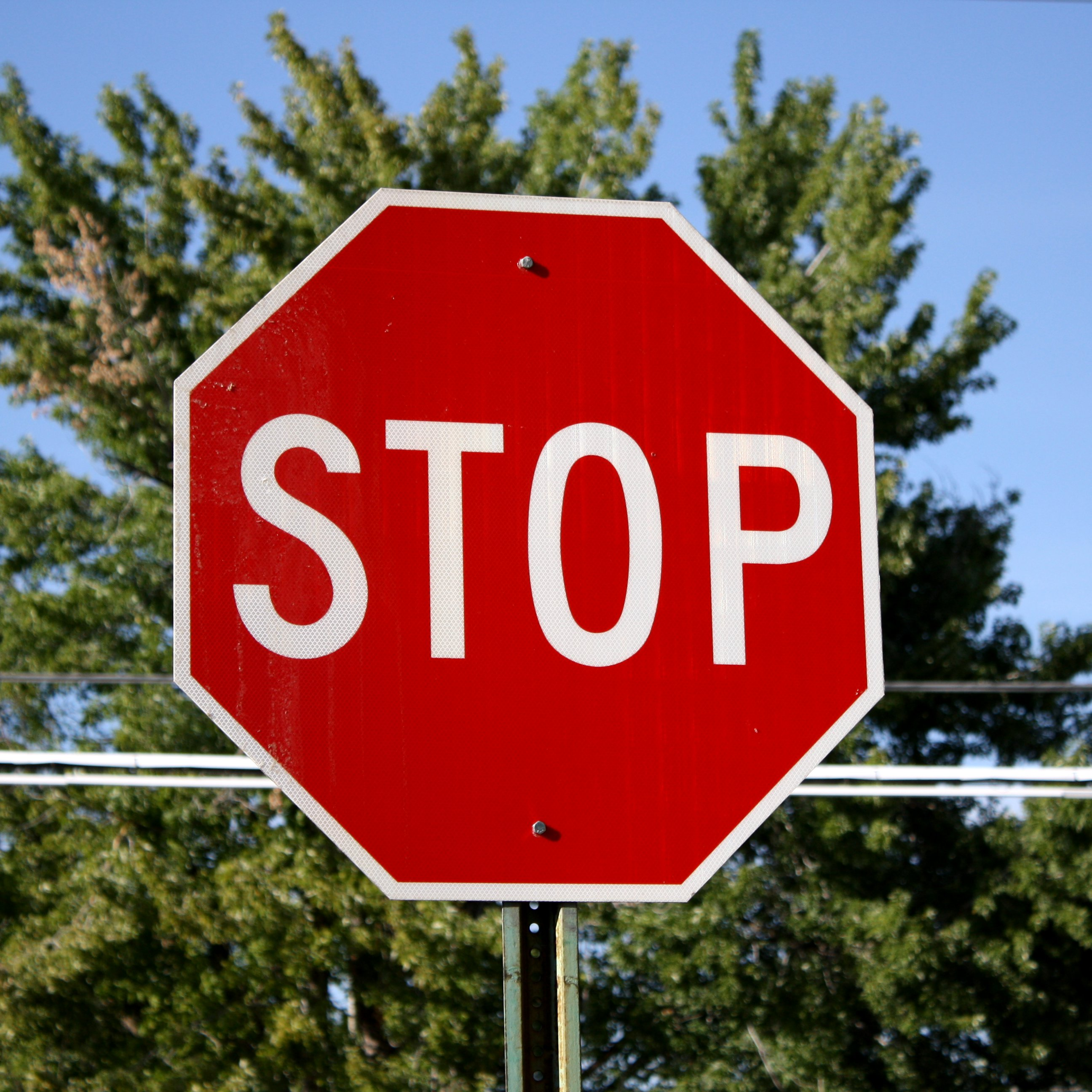New Stop Sign Installed on Farmingville Road