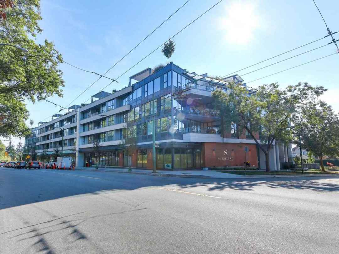 Main Photo: 313 2102 W 48TH Avenue in Vancouver: Kerrisdale Condo for sale (Vancouver West)  : MLS®# R2303026