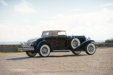 1930 Duesenberg Model J Convertible Coupe Side