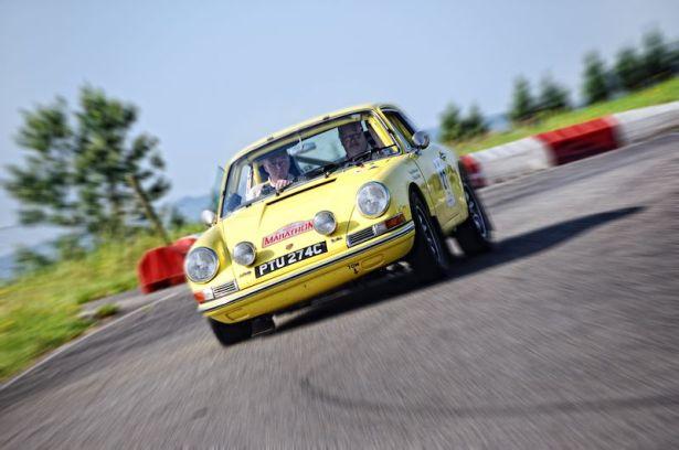 Winning 1965 Porsche 911