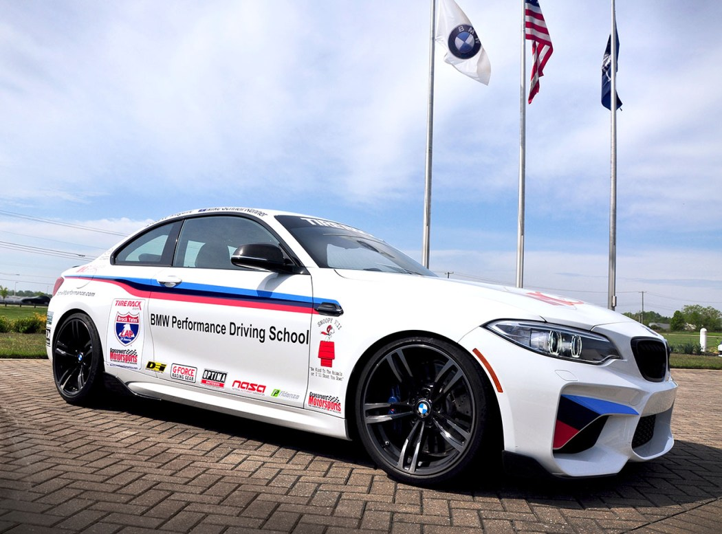 2016_BMW_M2_One_Lap_of_America