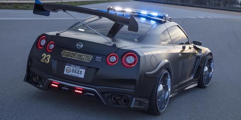 Nissan-gt-r-copzilla-02  I