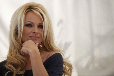 Pamela Anderson Is Pissed at MAC. Here's Why