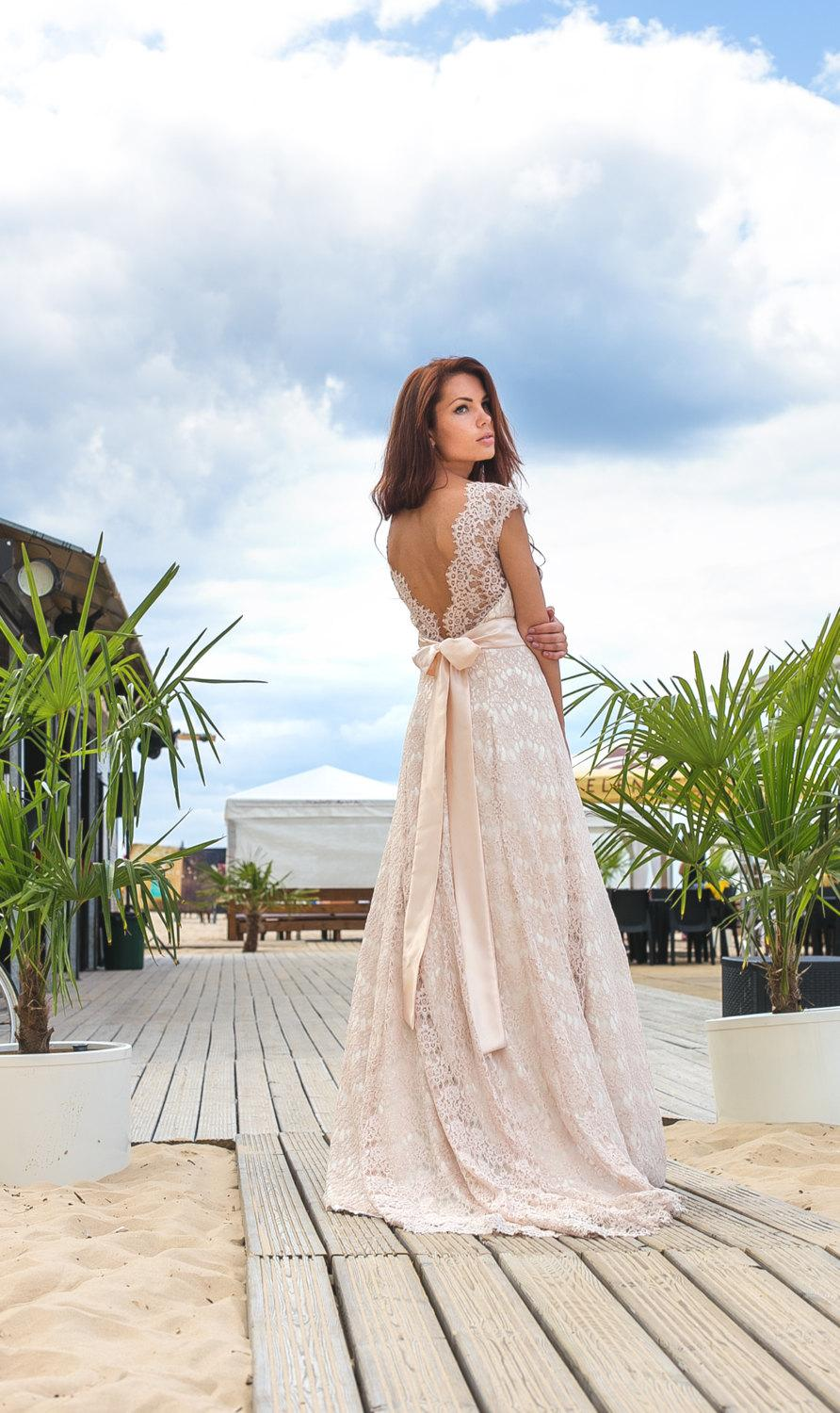 bohemian style weddings bohemian style wedding dress wedding dress for a bohemian style wedding wonder if i could pull this