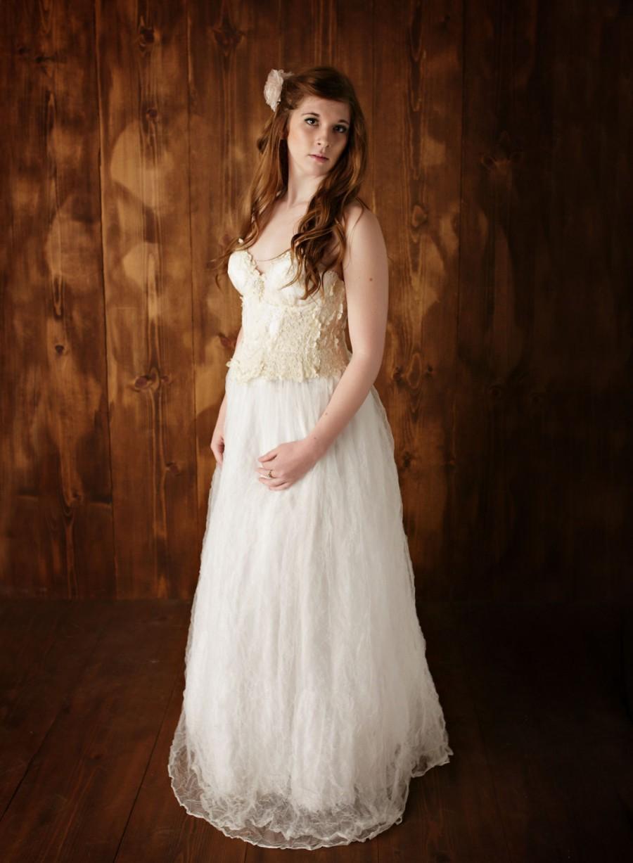 list detail vintage lace beach wedding dresses vintage beach wedding dresses Vintage Lace Beach Wedding Dress