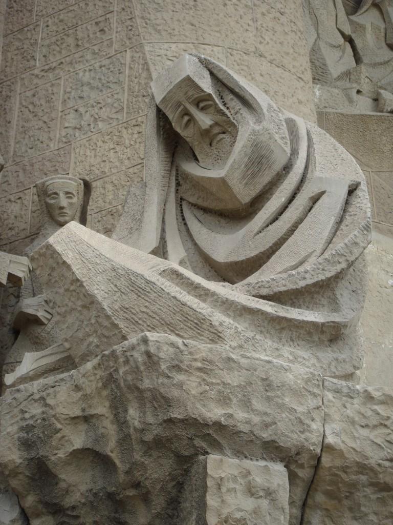 Peter denies Jesus, Josep Maria Subirachs, la Sagrada Familia, Barcelona