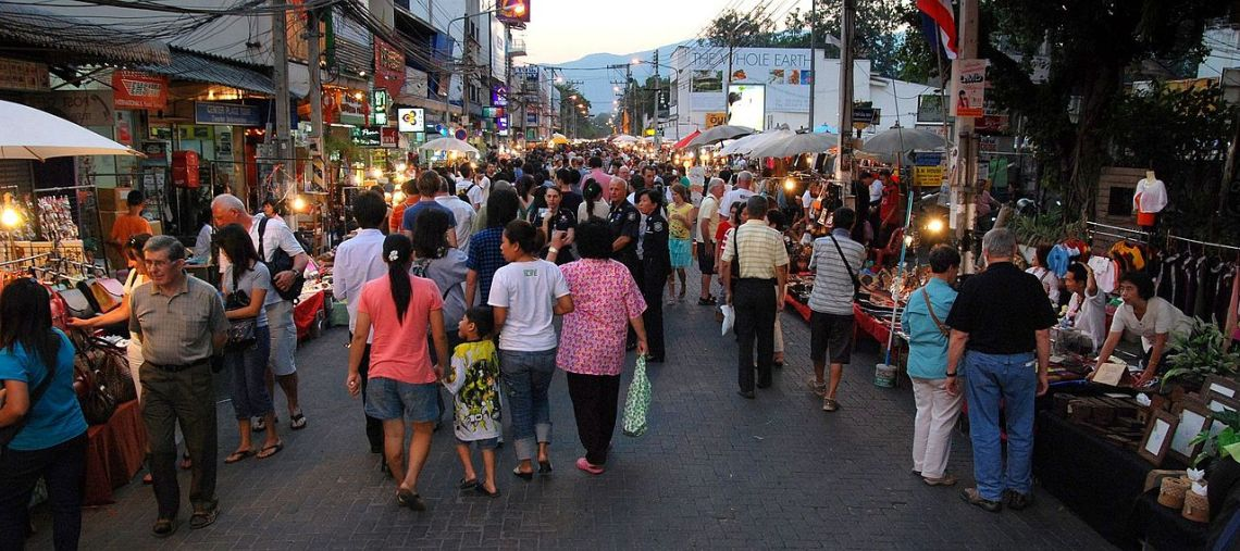 Sunday Walking Street, Chiang Mai, image courtesy Takeaway, via Wikimedia Commons.