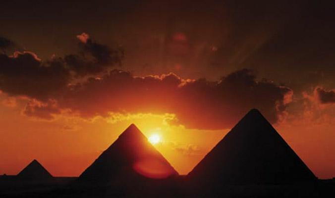 Pyramids_Sunset