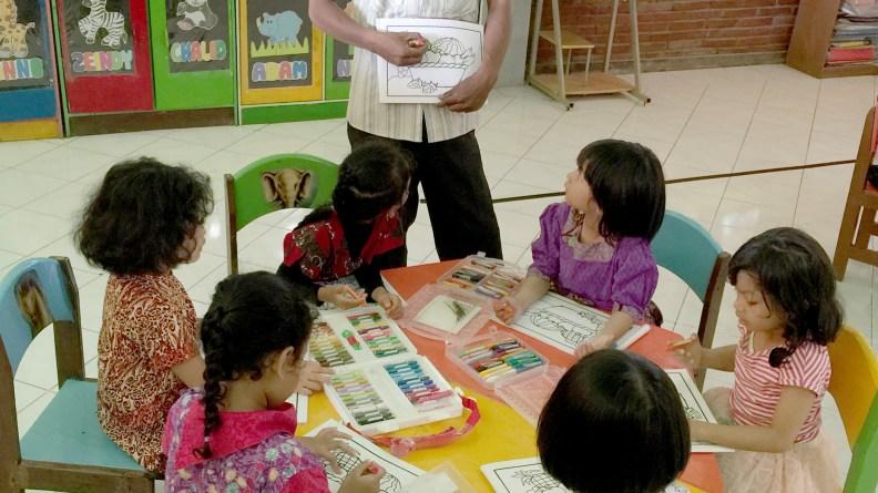 tk sekolah alam insan mulia surabaya