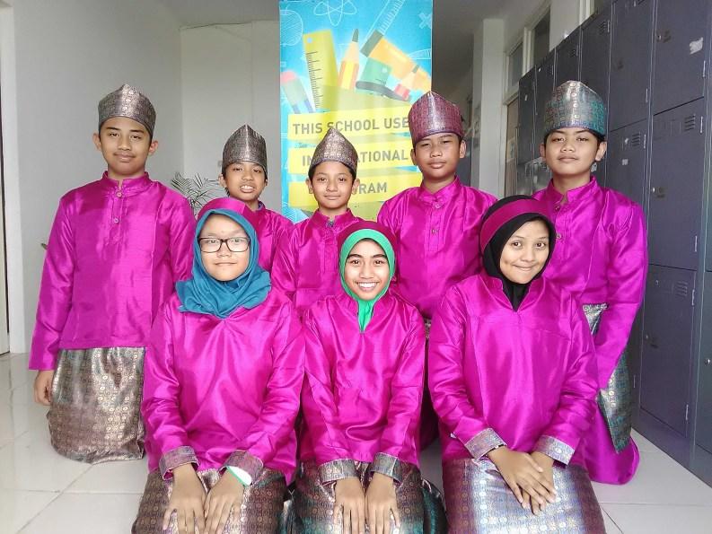 sekolah internasional surabaya