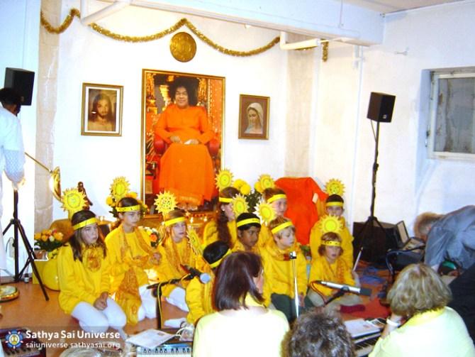 Children at Munich Sathya Sai Center