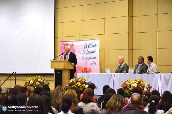 Mr. Leonardo Gutter's talk  on  March 2nd, at the  public meeting held in Bogota