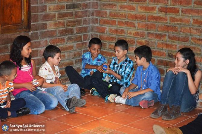 El Salvador Childrens Retreat 2015-06-21 10.17.07