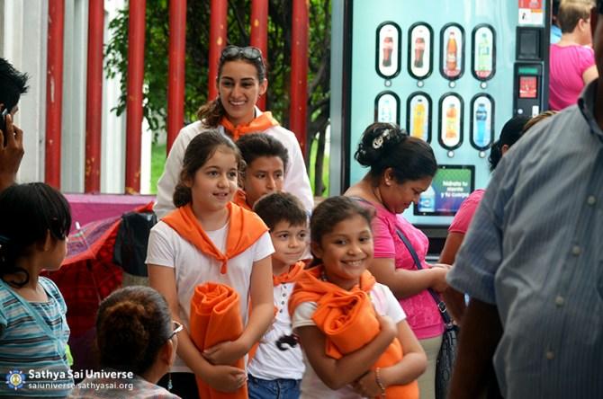 Mexico SSE Serve the needy DSC_0327