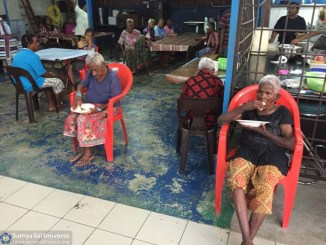Malaysia 2016 Aradhana Mahotsavam Seva at old-folks home copy