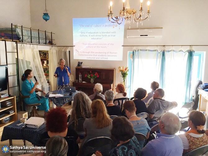 2016-09-israel-ein-hod-ssehv-seminar-c1m2a-marianne-meyer-teaching