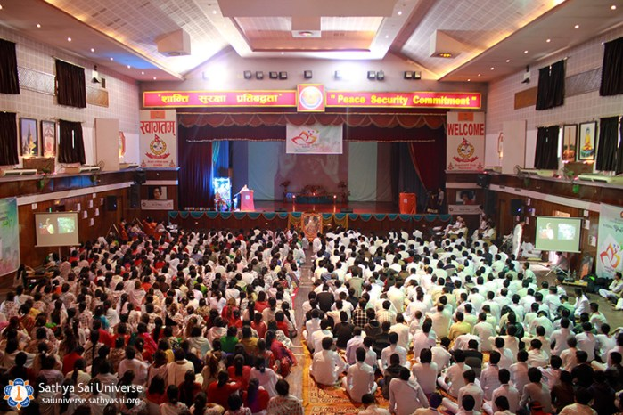 nepal-yourht-conference-view-of-audience-from-behind