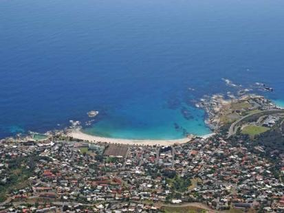 Camps bay in Cape Town