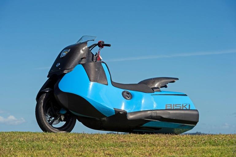 gibbs-terraquad-triski-biski-amphibious-motorcycle-8
