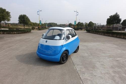 mircolino-electric-vehicle-concept-designboom-07-818x545